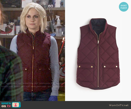 J. Crew Excursion Quilted Vest worn by Rose McIver on iZombie