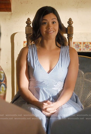 Jane's blue striped v-neck dress with white flower on Jane the Virgin