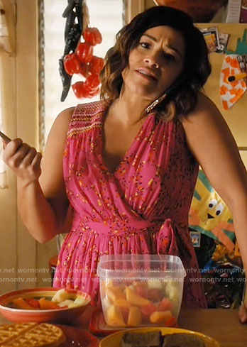 Jane's pink printed wrap dress on Jane the Virgin