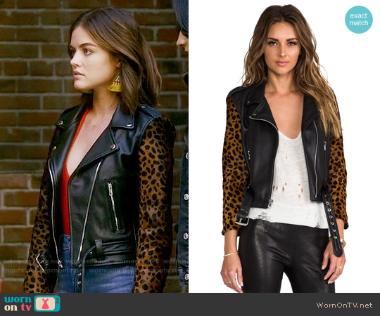 Laer Shrunken Leather Moto Jacket in Black / Cheetah worn by Aria Montgomery (Lucy Hale) on PLL