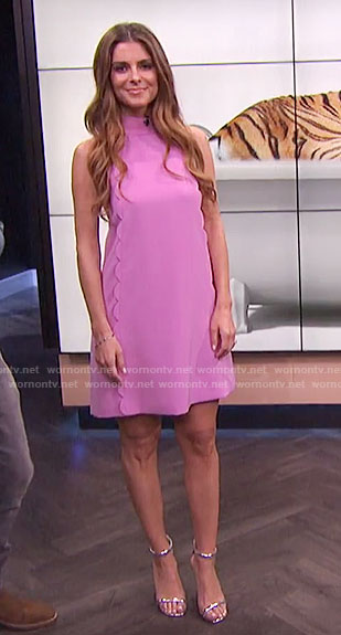 Maria's pink scalloped trim shift dress on E! News