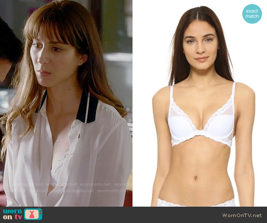 Natori White Feathers Plunge Bra worn by Spencer Hastings (Troian Bellisario) on PLL
