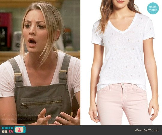 Rails Cara Pineapple Tee worn by Penny Hofstadter (Kaley Cuoco) on The Big Bang Theory