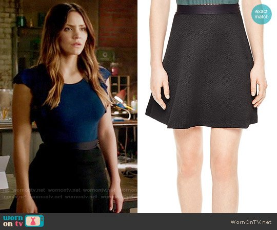 Sandro Jeda Skirt worn by Paige Dineen on Scorpion