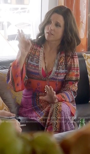 Selina's printed kaftan on Veep