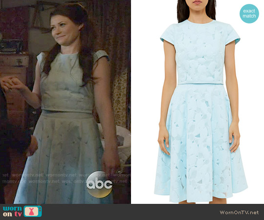 Ted Baker Starlia Top and Quinia Skirt worn by Emilie de Ravin on OUAT