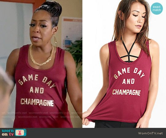Express  One Eleven Game Day Champagne Tank worn by Mo Evans (Tichina Arnold) on Daytime Divas