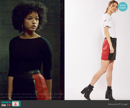 Leather Colourblock Biker Skirt by Topshop worn by Maia Roberts on Shadowhunters