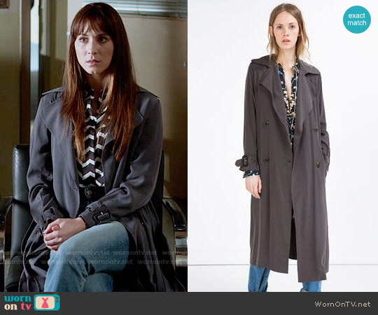 Zara Long Flowing Trench Coat worn by Spencer Hastings on PLL