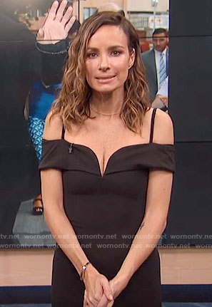 Catt's black off-shoulder dress on E! News