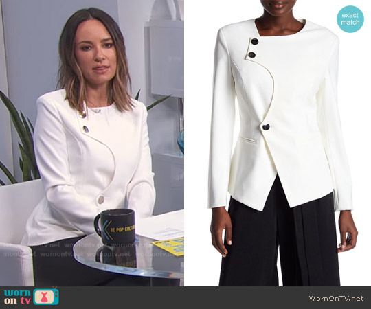 Elliatt Mirror Blazer worn by Catt Sadler  on E! News