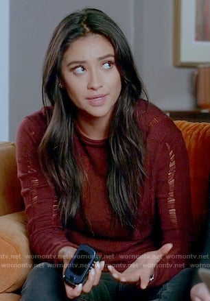 Emily's red distressed sweater on Pretty Little Liars