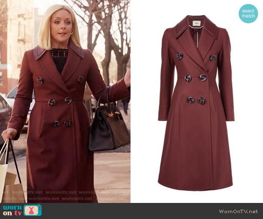 Fendi Double Breasted Coat worn by Jacqueline Voorhees (Jane Krakowski) on Unbreakable Kimmy Schmidt