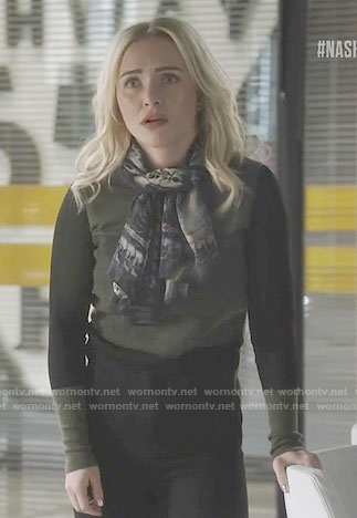 Juliette's green and black colorblock sweater on Nashville