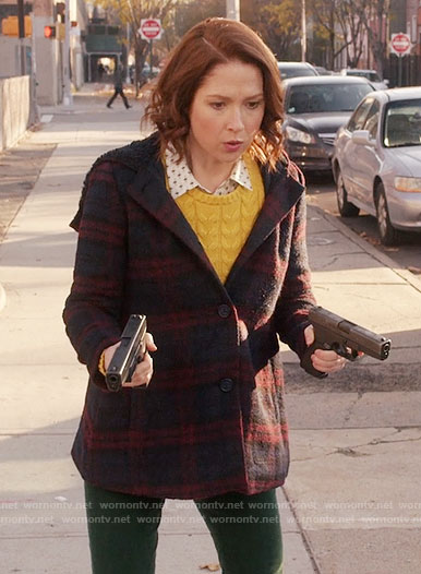Kimmy's plaid coat on Unbreakable Kimmy Schmidt