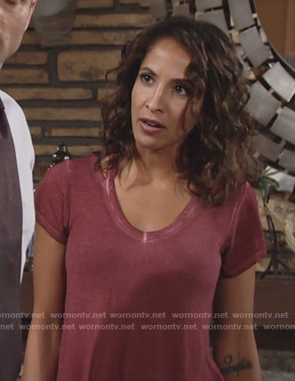 Lily's v-neck tee on The Young and the Restless