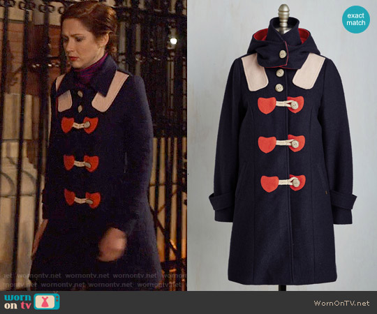 ModCloth Sweet on You Coat worn by Ellie Kemper on Unbreakable Kimmy Schmidt