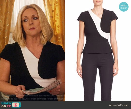 Roland Mouret Kiff Colorblock Top worn by Jacqueline Voorhees (Jane Krakowski) on Unbreakable Kimmy Schmidt