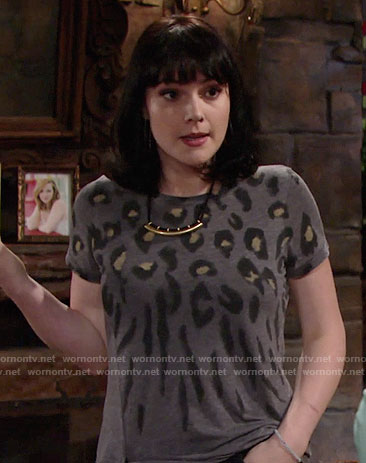Tessa's grey leopard print t-shirt on The Young and the Restless