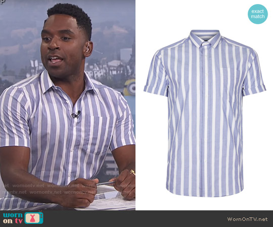 Topman Blue and White Striped Smart Shirt worn by Justin Sylvester (Justin Sylvester) on E! News