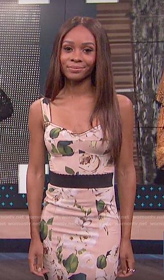 Zuri's beige rose print dress on E! News