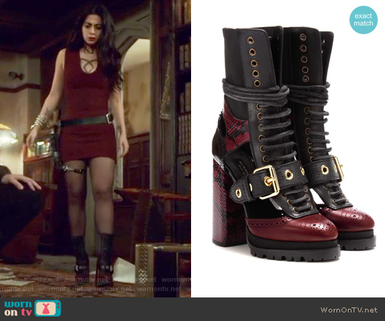 Westmarsh embellished boots by Burberry worn by Isabelle Lightwood on Shadowhunters