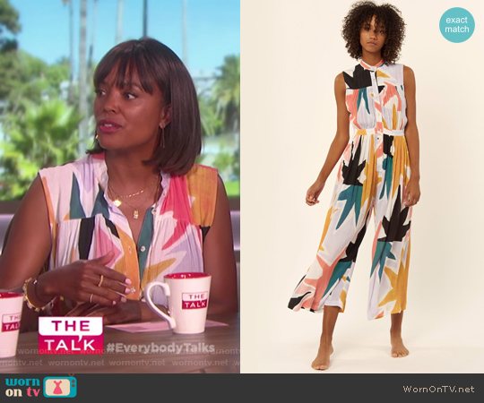 Superstar Sleeveless Gather Jumpsuit by Mara Hoffman worn by Aisha Tyler on The Talk