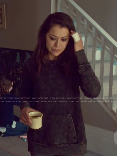 Sarah's grey washed look sweatshirt on Orphan Black