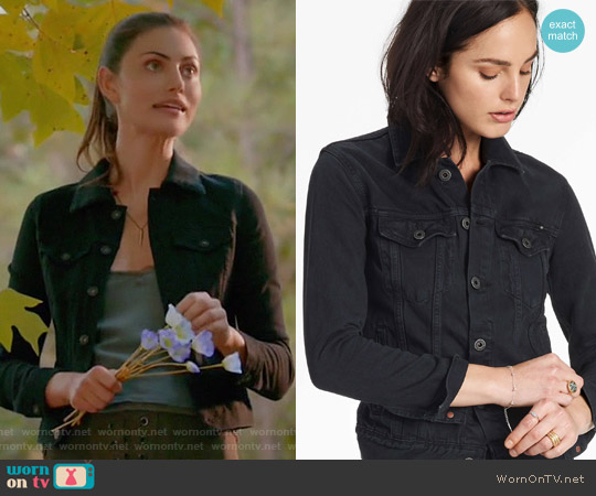 Tomboy Trucker by Lucky Brand worn by Phoebe Tonkin on The Originals