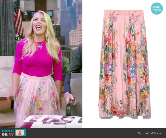 Floral Skirt in Pink Patterned by NO.21 worn by Busy Phillips on Live with Kelly and Ryan