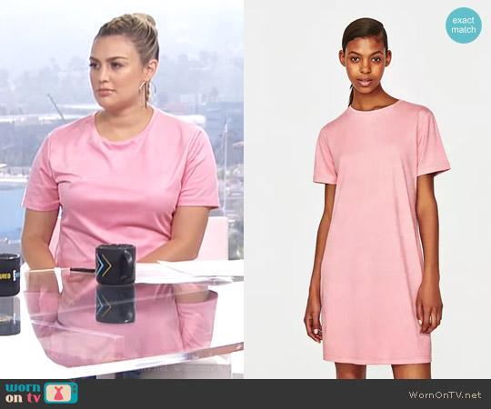 Suede Effect Dress by Zara worn by Carissa Loethen Culiner  on E! News