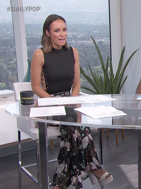 Catt's black side lace-up top and bird print trousers on E! News Daily Pop