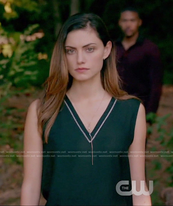 Hayley's black v-neck sleeveless top on The Originals
