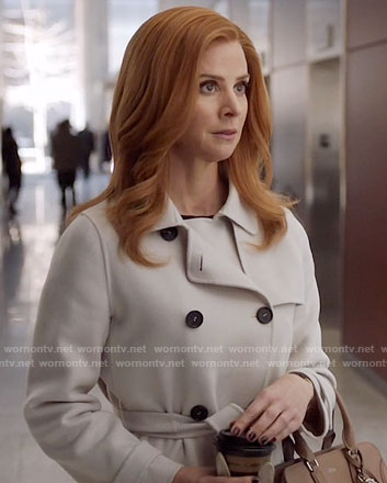 Donna's white trench coat on Suits