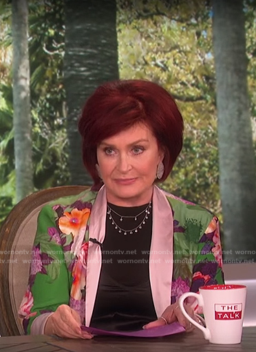 Sharon's green floral kimono on The Talk