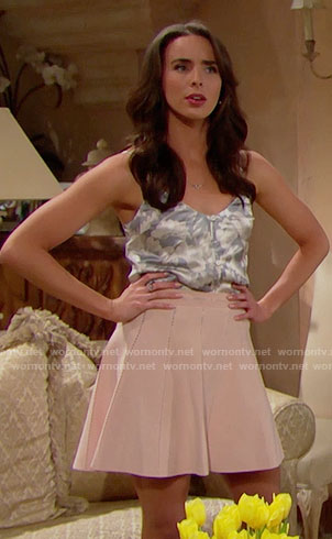 Ivy's floral camisole and pink skirt on The Bold and the Beautiful
