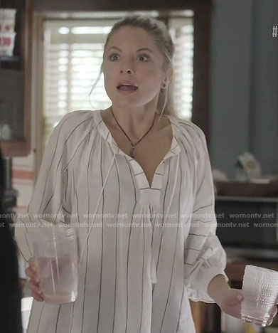 Jessie's white striped top on Nashville