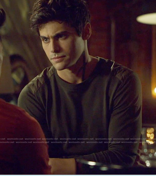 Alec's khaki military sweater on Shadowhunters