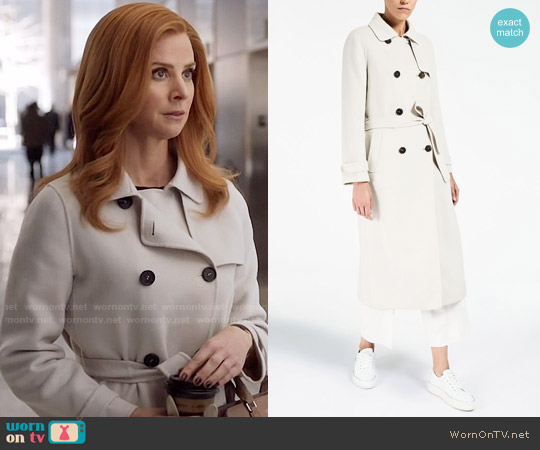Max Mara Saturno Coat worn by Donna Paulsen (Sarah Rafferty) on Suits