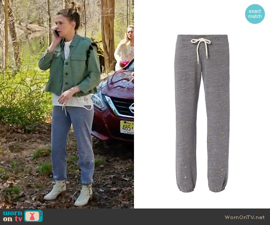 Monrow Stardust Sweatpants worn by Liza Miller on Younger