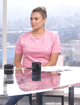 Carissa's pink t-shirt dress and blue boots on E! News Daily Pop
