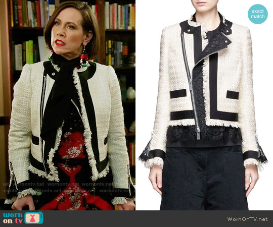 Sacai Guipure Lace Frayed Summer Tweed Jacket worn by Miriam Shor on Younger