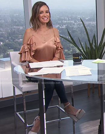 Catt's ruffled cold shoulder satin top on E! News Daily Pop