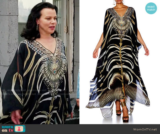 Camilla Zebra Crossing / Split Front & Sleeve Kaftan worn by Debi Mazar on Younger