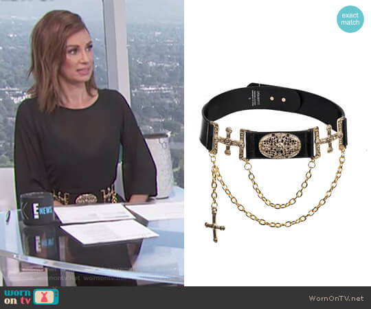 Gothic Medallion Waist Belt by Linea Pelle worn by Catt Sadler  on E! News