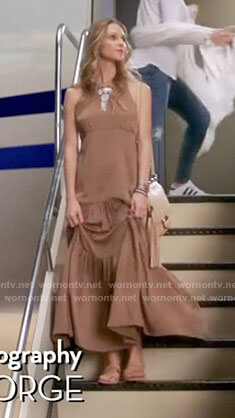Phoebe's brown maxi dress on Girlfriends Guide to Divorce
