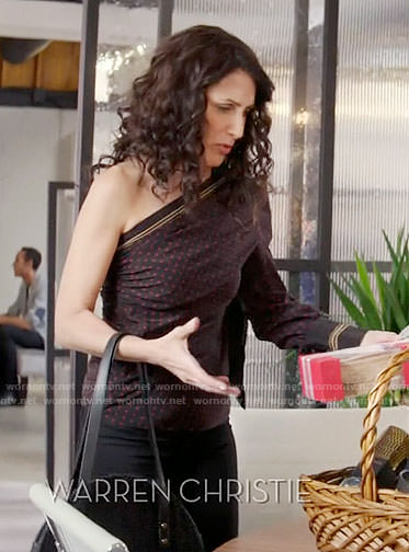Abby's polka dot one-sleeve top on Girlfriends Guide to Divorce