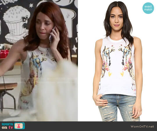 Chaser Camels Tank worn by Alanna Ubach on GG2D