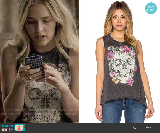 Chaser Garden Skull Tank worn by Lennon Stella on Nashville