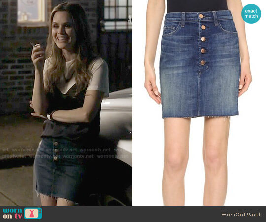 Frame Rosalie Skirt worn by Alyssa Greene on Nashville
